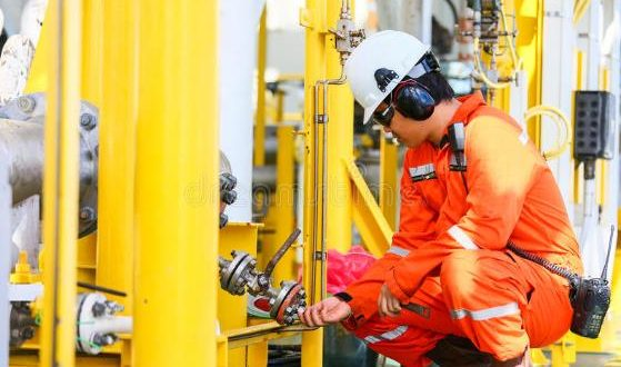 HSE in oil & Gas industry and petroleum engineering